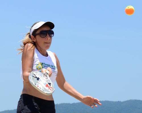 Atleta Sul-mato-grossense da Federação de Beach Tennis, Eva Regina - Foto: Divulgação