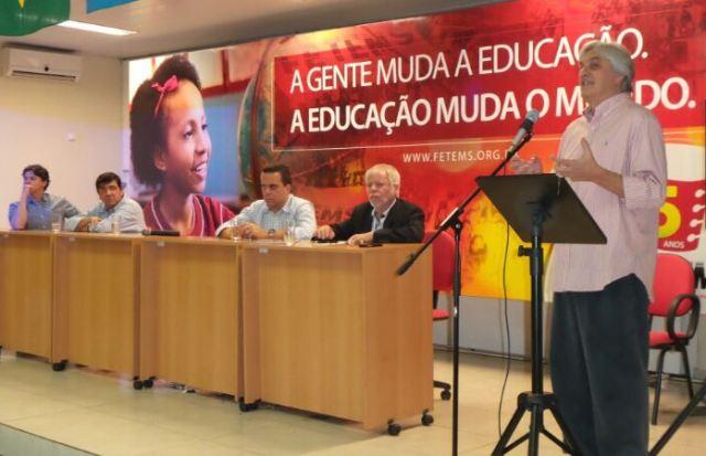 Pré-candidato do PT ao governo do Estado durante evento do partido sobre uso de redes sociais.<br />Foto: Dany Nascimento