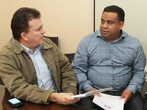 O deputado federal Vander Loubet afirmou que o MEC (Ministério da Educação) contemplou a prefeitura de Mundo Novo com recursos para construção de um Ceinf (Centro de Educação Infantil) dentro do Proinfância (Programa Nacional de Reestruturação e Aquisição