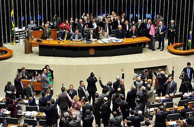 assinado entre Brasil e China em 2004.  Agência Câmara