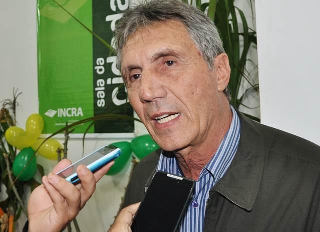 Prefeito Ari Basso reforça com mais R$ 2 milhões pacote de obras que será lançado dia 18<br />Foto: Marcos Tomé/Região News
