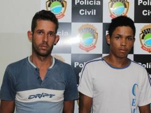 Emerson e Raphael (de branco), foram presos nesta manhã. Foto: Divulgação