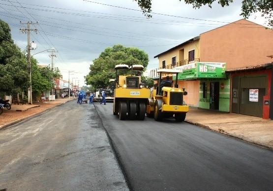 Pavimentação em ruas do Jardim Aero Rancho em 2013<br />Foto: Divulgação