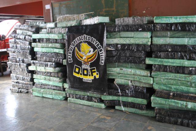 DOF apreende três toneladas de maconha na MS-386<br />Foto: Divulgação