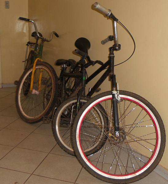 Bicicletas utilizadas para cometer o assalto<br />Foto: Tayná Biazus