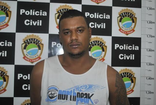 Phelipe foi preso e levado para a delegacia enquanto Bruno foi encaminhado para o Hospital da Vida<br />Foto: Dourados News/Osvaldo Duarte