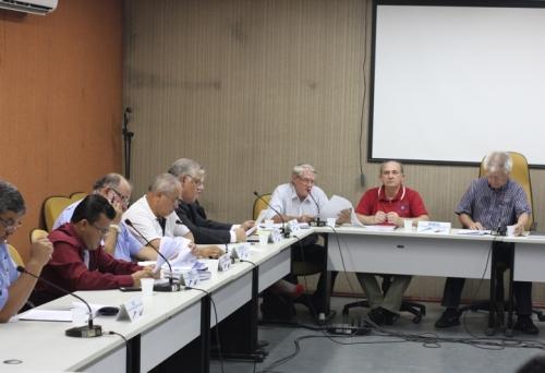 O Condecon (Conselho Municipal de Desenvolvimento Econômico) promoveu ontem, a 109ª reunião ordinária, na qual foram aprovados 11 de 16 cartas consultas de empresas que solicitam implantação e ampliação (doações de terrenos e incentivos fiscais) à prefeit