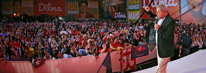 </p> Maior cabo eleitoral da presidente Dilma Rousseff, o ex-presidente Luiz Inácio Lula da Silva se prepara para assumir protagonismo político caso o PT seja reeleito em outubro.  Lula pretende manter unida a base política e social do governo, que deu