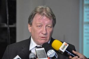Presidente do TRE-MS desembargador João Maria Los