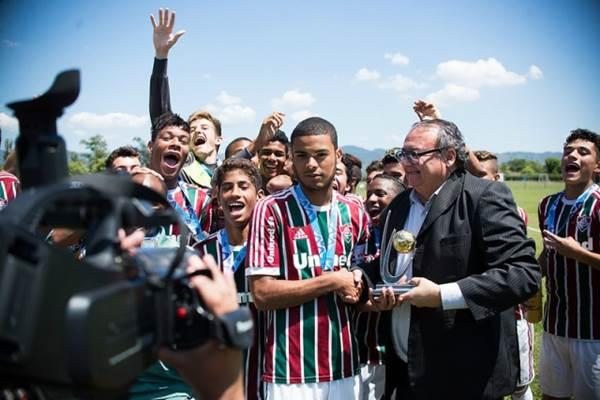 Douradense Gabriel Estigarribia conquistou o título com o Fluminense<br />Foto: Divulgação/Fluminense