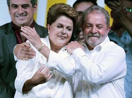 Dilma sabe que Lula tem interesse direto no seu governo, devido a possibilidade do ex-presidente poder concorrer ao Planalto nas próximas eleições<br />Foto: Ueslei Marcelino / Reuters