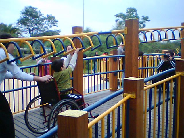 Brinquedo adaptado para crianças no Parque do Ibirapuera (SP)<br />Foto: Divulgação