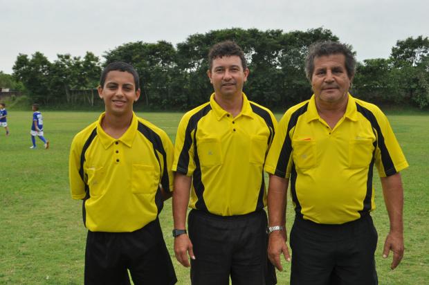 A Copa Pantanal de Futebol de Base encerra a sua 1ª fase neste sábado (08). Pela manhã, em Salto del Guayrá, a parir das 8h00, o CEFFCA (Centro de Formácion de Futebolistas de Canindeyu) recebe o CTEG (Centro de Treinamento Esportivo Guairense), em 5
