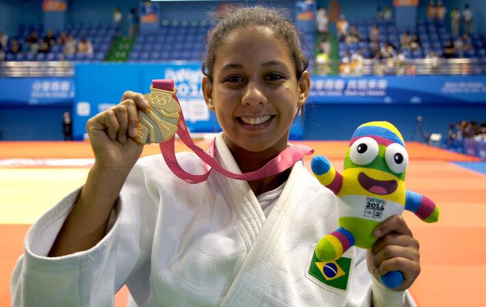Layana Colman, 18 anos<br />Foto: Divulgação