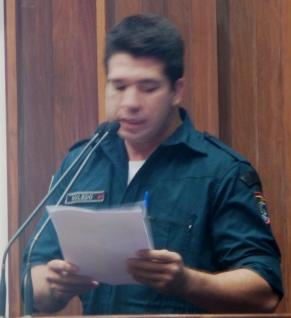 Carlos Roledo, policial militar que representou a classe hoje na sessão da assembleia legislativa<br />Foto: Leide Laura Meneses