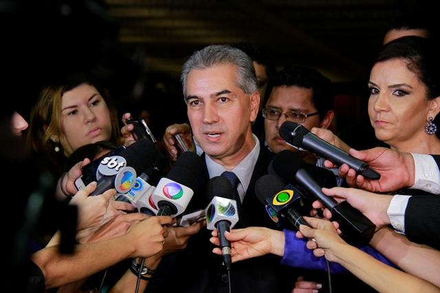 Governador eleito Reinaldo Azambuja (PSDB) em entrevista antes da diplomação dos eleitos ontem no Rubens Gil de Camilo<br />Foto: Wanderson Lara