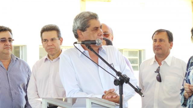 Em discurso Puccinelli disse que deixa dinheiro em caixa para concluir obras lançadas em seu governo<br />Foto: Ricardo Ojeda/Perfil News