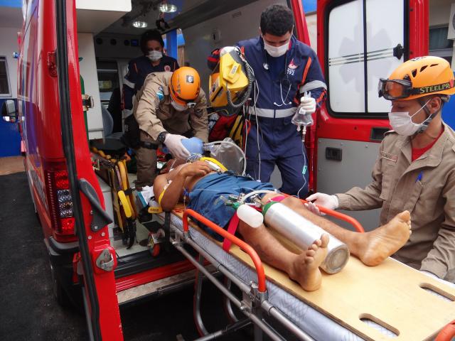 Jovem levou um tiro no abdômen e chegou a ser socorrido, mas não resistiu ao ferimento<br />Foto: Osvaldo Duarte