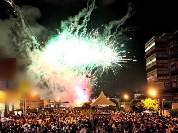 Festa de Ano Novo na avenida Fernando Corrêa da Costa<br />Foto: Divulgação