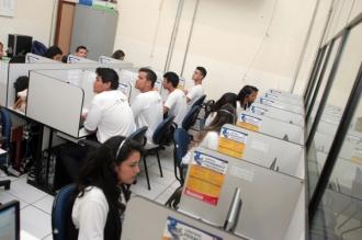 Os que já eram alunos da REME, aprovados sem exame final, devem confirmar a matrícula nos dias 10, 11, 12 e 15 de dezembro. Aprovados com exame final e reprovados, nos dias 5 e 6 de janeiro de 2015. Já os alunos novos, terão suas escolas designadas entre