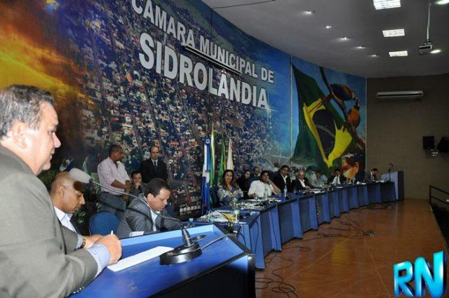Vereadores decidiram tirar da pauta de votação da sessão o projeto de reajuste de até 582% da base do IPTU e de mudanças na taxa do lixo<br />Foto: Marcos Tomé/Região News