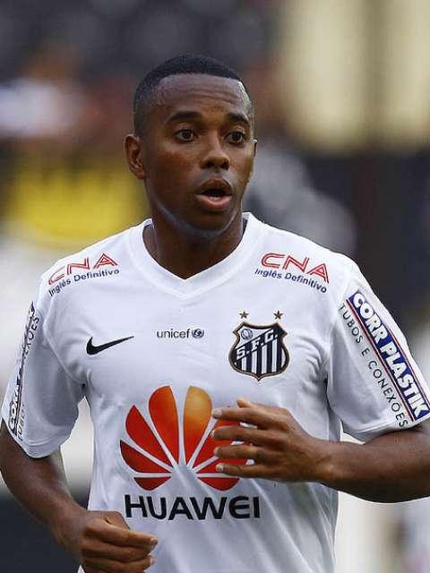 Robinho também tem a sua permanência incerta para 2015<br />Foto: Divulgação Santos FC