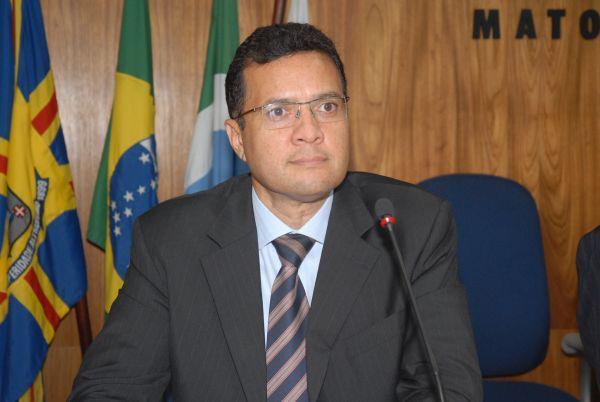 Presidente da OAB Júlio Cesar Souza Rodrigues