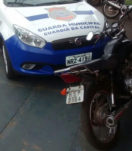 Moto foi recuperada no bairro Santa Carmélia