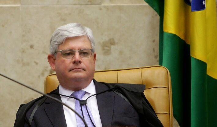 Ministro do STF pede abertura de inquéritos contra políticos, lista deve sair na terça-feira