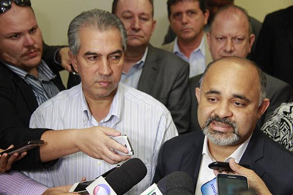 Reinaldo Azambuja (PSDB) e ministro do esporte George Hilton/Foto: Wanderson Lara