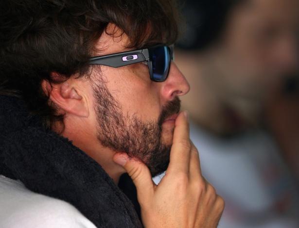 Alonso foi eliminado ainda na primeira parte do treino e assistiu à maior parte da sessão dos boxes