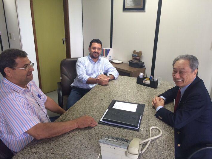 Prefeito Wallas Milfont e vereador Valdomiro de Freitas agradecem Takimoto pelas emendas a Itaporã