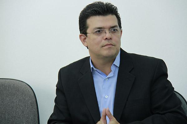 Prefeito Gilmar Olarte.