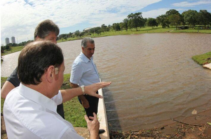 Reinaldo Azambuja em visita ao Parque das Nações Indígenas