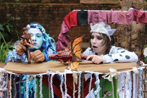 """Tristão e Isolda"""", da Cia Última Hora, é baseado na história clássica que agora ganha roupagem de teatro de rua."""