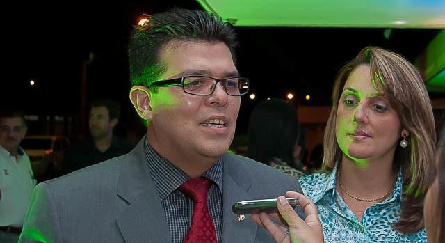 Prefeito Gilmar Olarte e primeira dama Andrea Olarte.