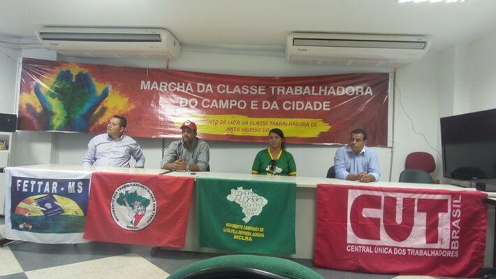 Coletiva dos Integrantes dos Movimentos que ocupam a sede do Incra em Campo Grande.