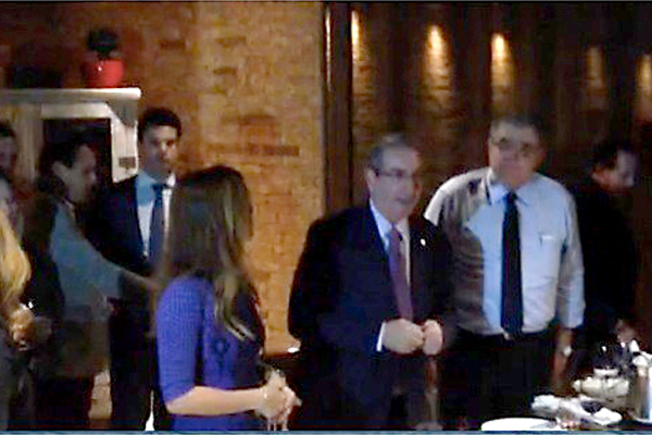 Carlos Marun ao lado de Eduardo Cunha. (Foto: Ricardo Della Coletta - Época)