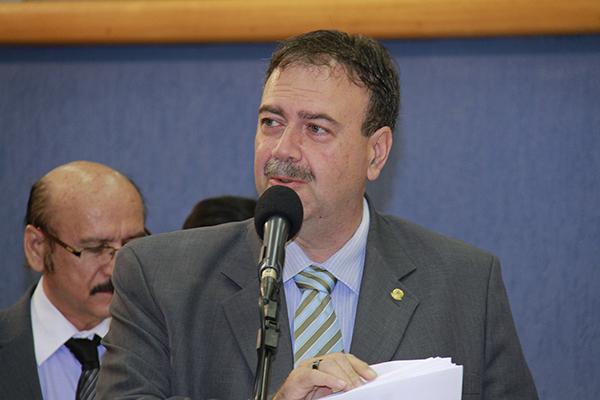 Vereador Paulo Siufi cobra explicações sobre parceria com Águas Guariroba/Foto: Wanderson Lara