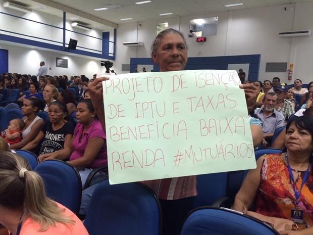 Moradores manifestando/Foto: Taciene Peres