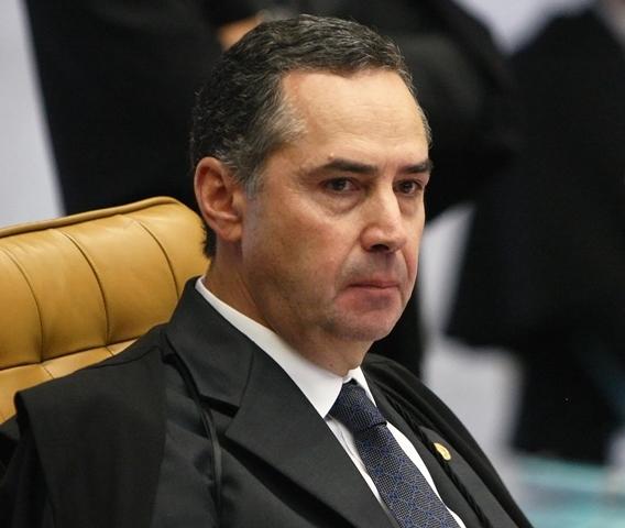 Ministro Luis Roberto Barroso durante sessão do STF que definiu ritos do impeachment/Foto:divulgação STF