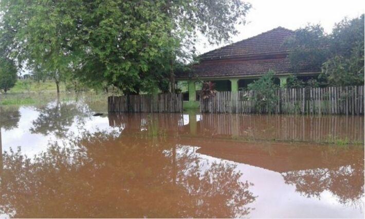 Chuva alagou casas em Bela Vista/Foto: Jornal Dia a Dia