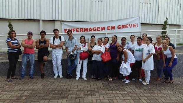 Funcionários pedem demissão após greve