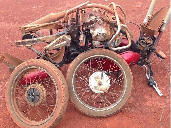 Motocicleta foi furtada no lixão da cidade. Foto: 5ºBPM/Divulgação