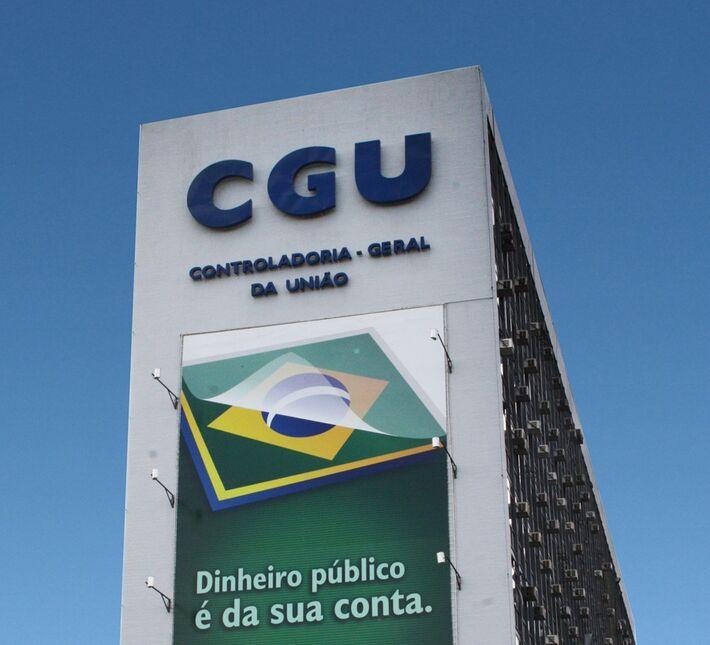 Corrupção foi a principal causa da expulsão de servidores, diz Controladoria-Geral da União.