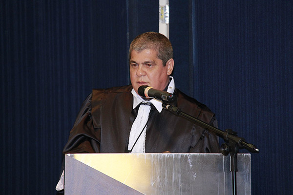 Presidente do TCE-MS, Waldir Neves Barbosa