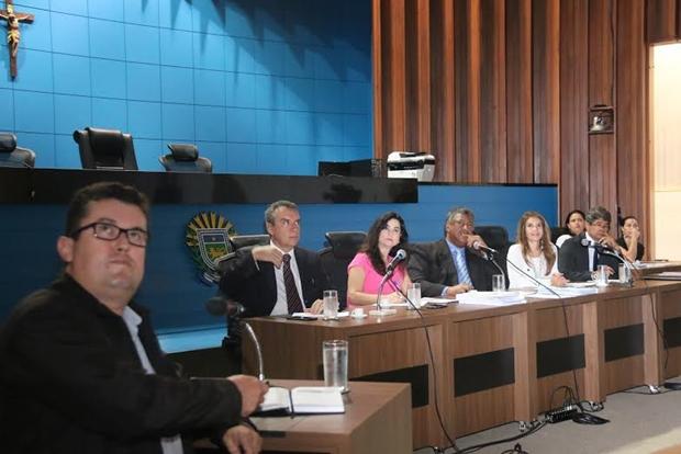 Reunião para tratar dos direitos indígenas