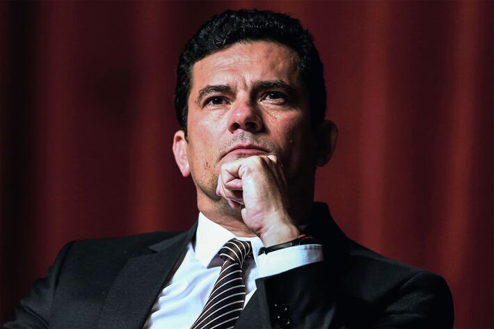 """O Veredicto - Sergio Moro disse que só não decretou a prisão imediata do ex-presidente para """"evitar certos traumas"""""""