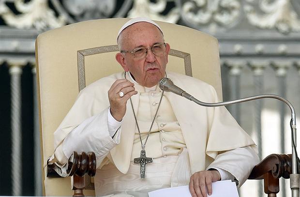 O papa Francisco durante discurso no Vaticano