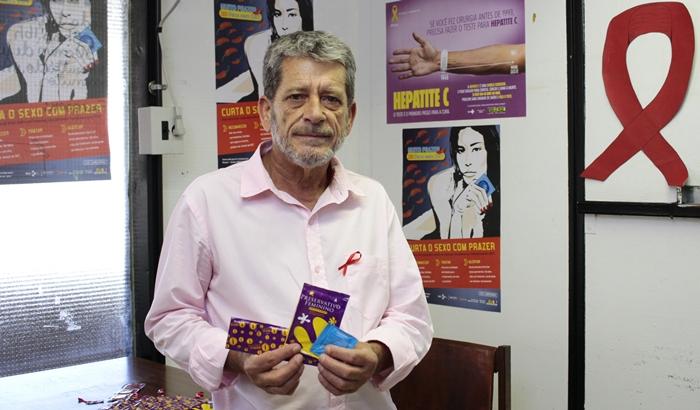 """""""Quando a relação está estabilizada há mais tempo, isso se perde. Com os jovens, é ainda mais arriscado"""", diz Mário Ângelo Silva, coordenador do Polo de Prevenção das DSTs da Universidade de Brasília (UnB)"""